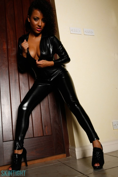 Kayla Catsuit - Picture 8